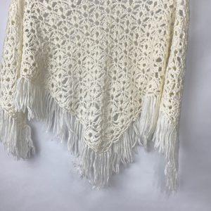 Witte sjaal kwasten